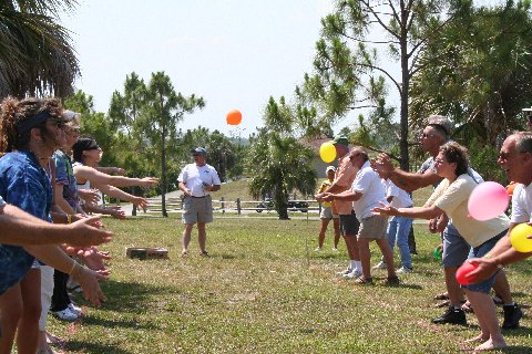 Egg/water balloon toss